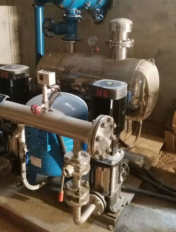贵州·黔西南洒金教师公寓——无负压供水设备