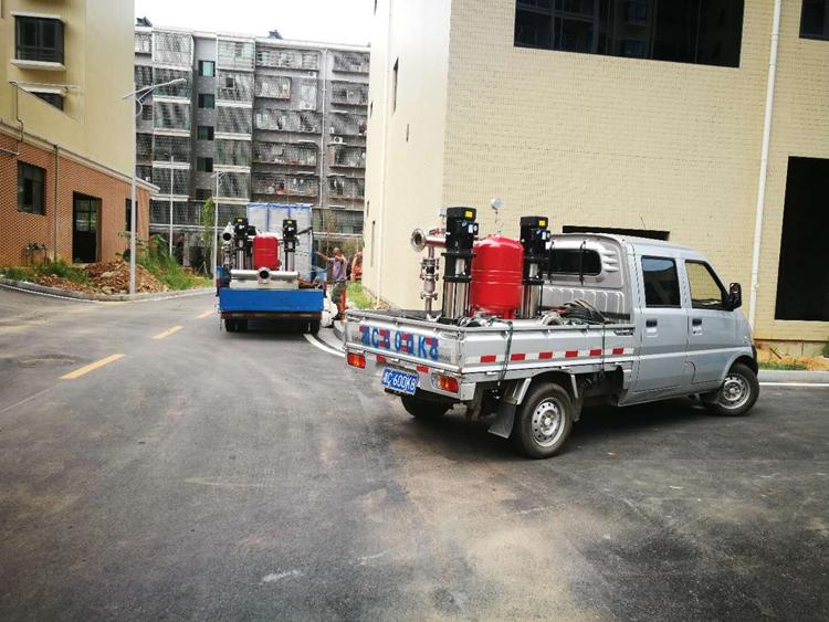 鑫源安置房二期恒压变频供水设备